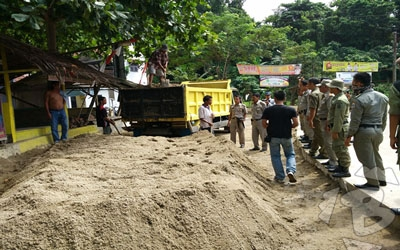 Truk Pengangkut Pasir Basah Marak, Satpol PP Kabupaten Lebak Tegur Pengelola Galian C