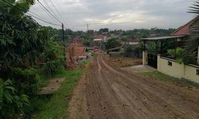 Jalan Berlumpur akibat Proyek Double Track
