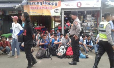 Laga Perserang vs Persib di Stadion Maulana Yusuf