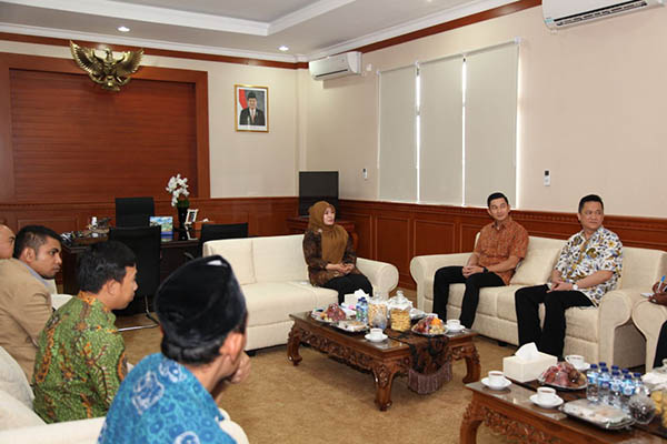 Irna Narulita terima kunjungan PT FKS