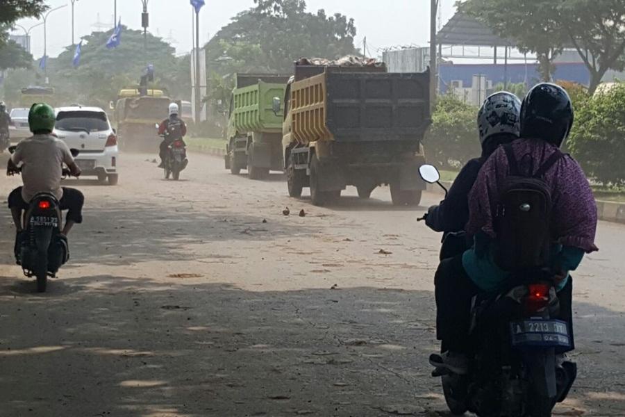 Jalan Lingkar Selatan Cilegon Berdebu