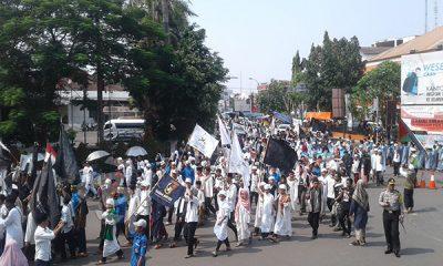 Ribuan Umat Islam di Banten Desak Polisi Tangkap Sukmawati-1