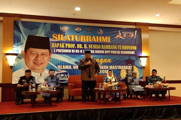 SBY SAAT SAFARI POLITIK DI CILEGON. SBY MEMINTA JOKOWI JELASKAN JUMLAH TENAGA KERJA ASING DI INDONESIA