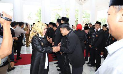 Ratu Tatu Chasanah Lantik Pengurus KONI