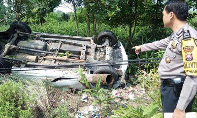 Terbalik di Jalan Raya Panimbang-Tanjung Lesung, Avanza Dievakuasi Warga-1