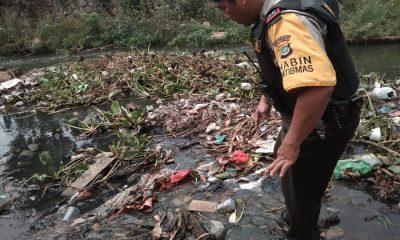 Bayi Dibuang di Tumpukan Sampah