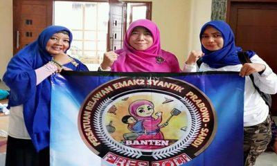 Relawan Emak-emak Dukung Prabowo-Sandiaga Uno