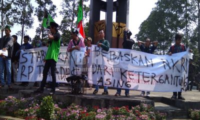 HMI Tangerang Unjuk Rasa Soroti Dolar