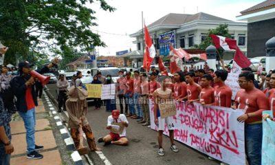 Aksi Teatrikal GMNI Kabupaten Pandeglang