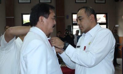 Bupati Tangerang A. Zaki Iskandar Lantik Ketua UDD PMI Kabupaten Tangerang Dr. Zaenal Muttaqien