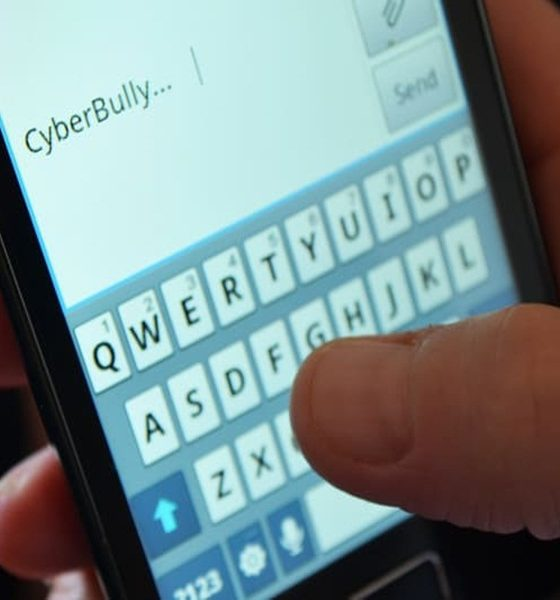 Ilustrasi Cyberbully