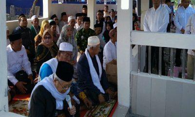 Ma'ruf Amin Ziarah ke Makam Orangtua