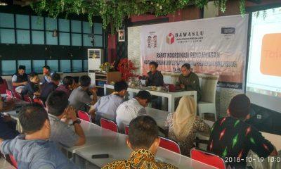 Rakor Bawaslu Lebak di Hotel Katineung ungkap belum ada akun medsos parpol peserta pemilu terdaftar di KPU Lebak