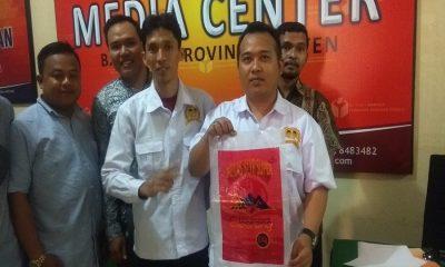 Tampung Padi Laporkan Pelanggaran Pemilu ke Bawaslu Banten