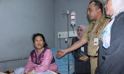 Ahmed Zaki Iskandar Jenguk TKW Siti
