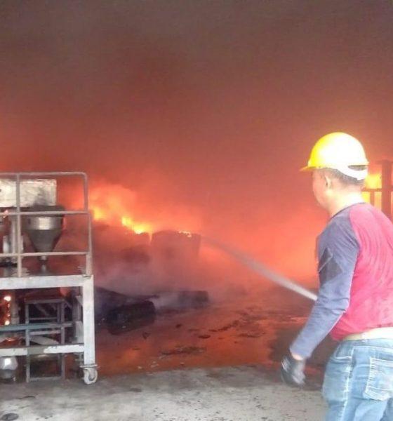 Pabrik Semen Hebel PT Bostik Indonesia Ludes Terbakar