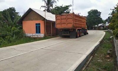 Warga Kecamatan Angsana Protes Mobil Proyek Tanggul Abrasi Laut di Panimbang yang Over Tonase