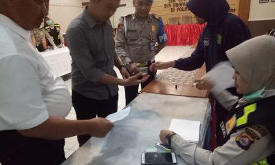 Tim Ops Gaktibplin Divisi Propam Mabes Polri gelar tes urine di Polres Serang Kabupaten