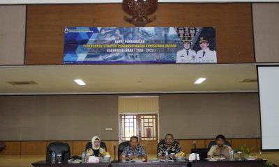 rapat pembahasan Strategi Penanggulangan Kemiskinan Daerah