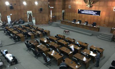 Belasan Anggota DPRD Kota Cilegon Bolos Sidang Rapat Paripurna