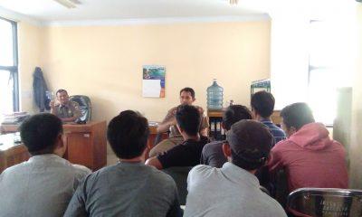 Puluhan PKL Datangi Kantor Satpol PP Pandeglang Tuntut Kejelasan Relokasi
