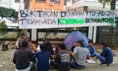 Curiga Ada Setoran Fee Proyek, HMI Pandeglang Dirikan Tenda di Halaman DPUPR