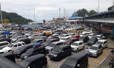 H-3 JELANG NATAL 2018 PELABUHAN MERAK MULAI PADAT