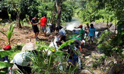 Saba Leuweung bersihkan Taman Hutan Rakyat