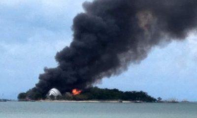 Resort Pulau Umang Terbakar