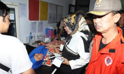 Bupati Serang Tinjau Korban tsunami Anyer
