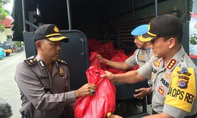 Hasil Sumbangan Anggota, Polresta Tangerang Kirim 2 Ton Beras dan Uang Rp 50 Juta untuk Korban Tsunami di Pandeglang