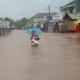 Hujan Deras dan Gelombang Laut Tinggi Picu Banjir, Ribuan Rumah di Labuan Terendam