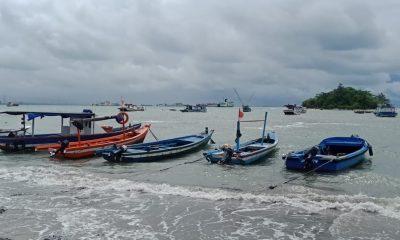 Nelayan Pantai Mabak Merak Masih Belum Melaut