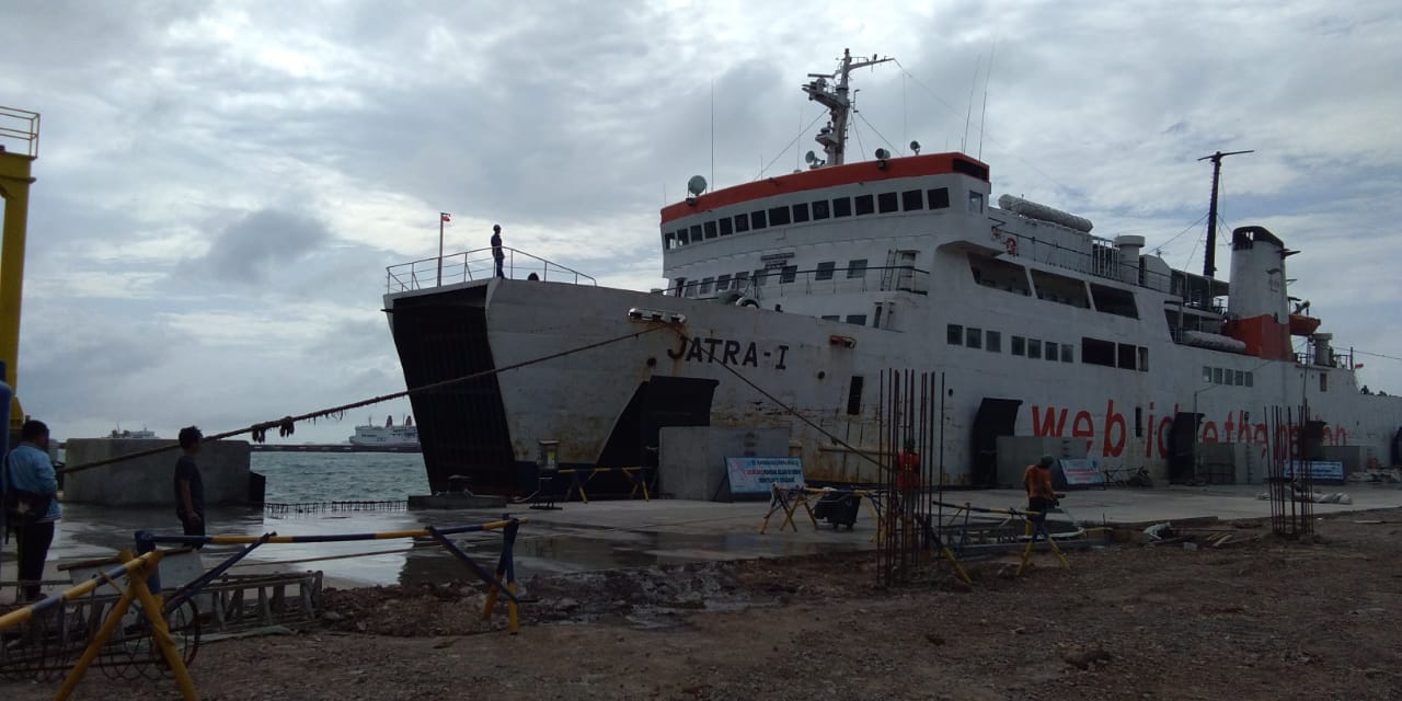 uji coba kapal di Dermaga 7 Pelabuhan Merak