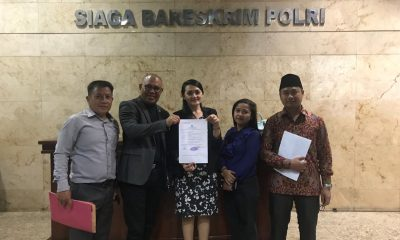 Tim Advokat Indonesia Bergerak (TAIB) saat melaporkan Sekjen PDIP Hasto Kristianto