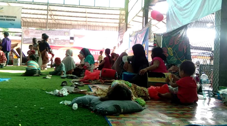 Masa Tanggap Darurat Tsunami Berakhir, 1.000 Warga Pandeglang Bertahan di Pengungsian karena Tak Punya Rumah
