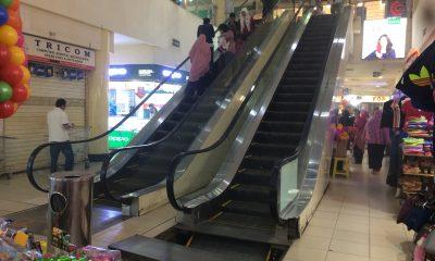 Asap Tebal Mengepul dari Eskalator, Pengunjung Supermall Cilegon Panik