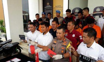 Kapolres Tangsel AKBP Ferdy Irawan saat gelar ekspos pengungkapan kasus kepemilikan senjata di Mapolres Tangsel, Senin 7 Januari 2019