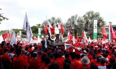 Ribuan Karyawan Hero Supermarket Unjuk Rasa Protes PHK Sepihak