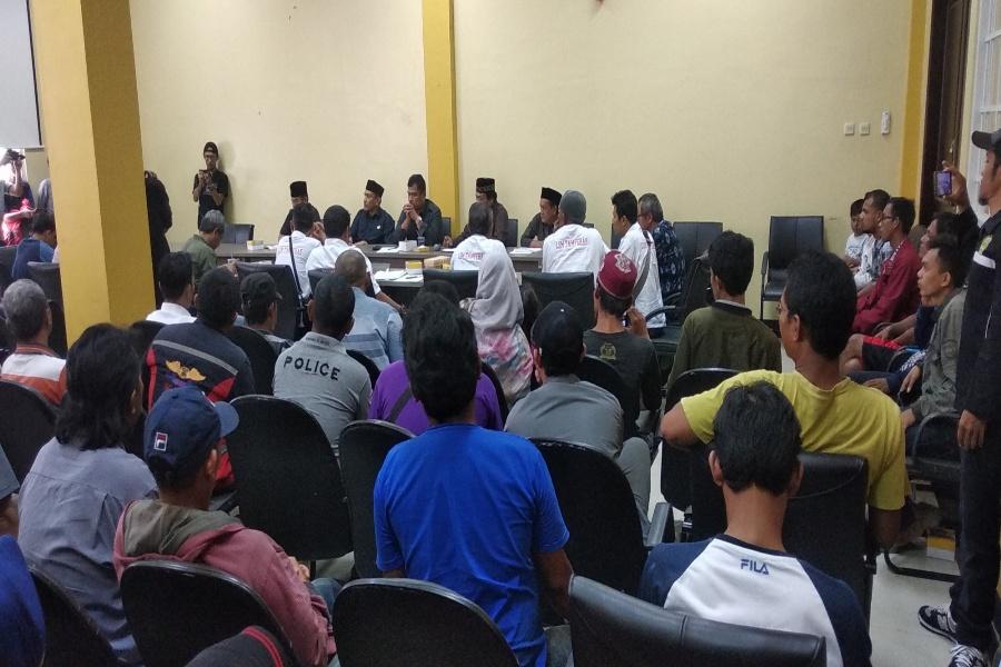 PKL Kota Serang sampaikan aspirasi ke DPRD Kota Serang