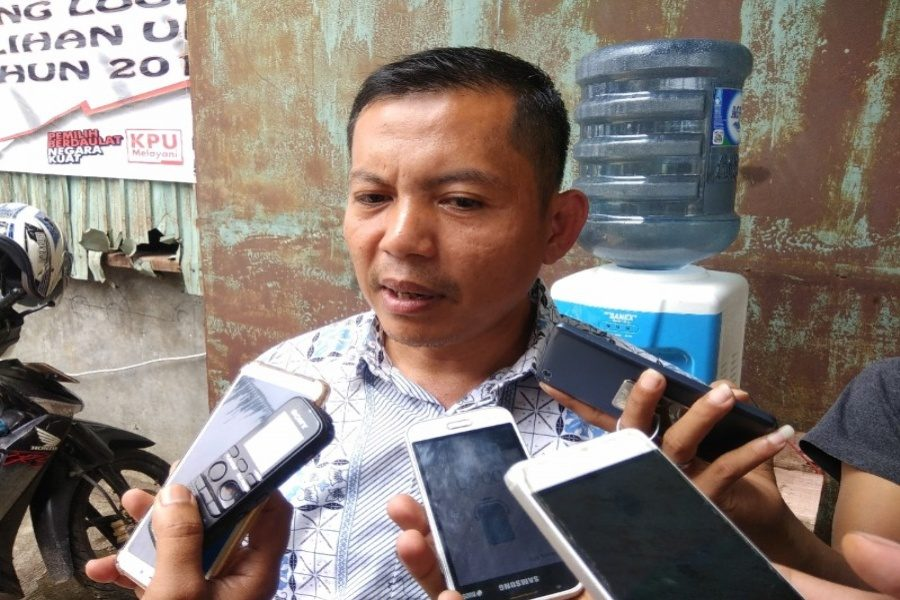 Ketua Bawaslu Pandeglang Ade Mulyadi