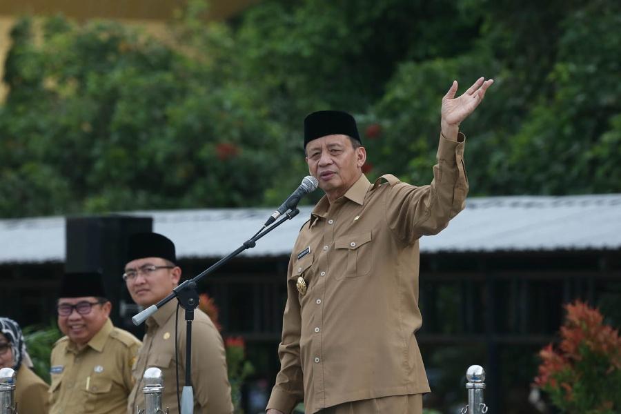 Gubernur Banten Wahidin Halim saat Pimpin Apel
