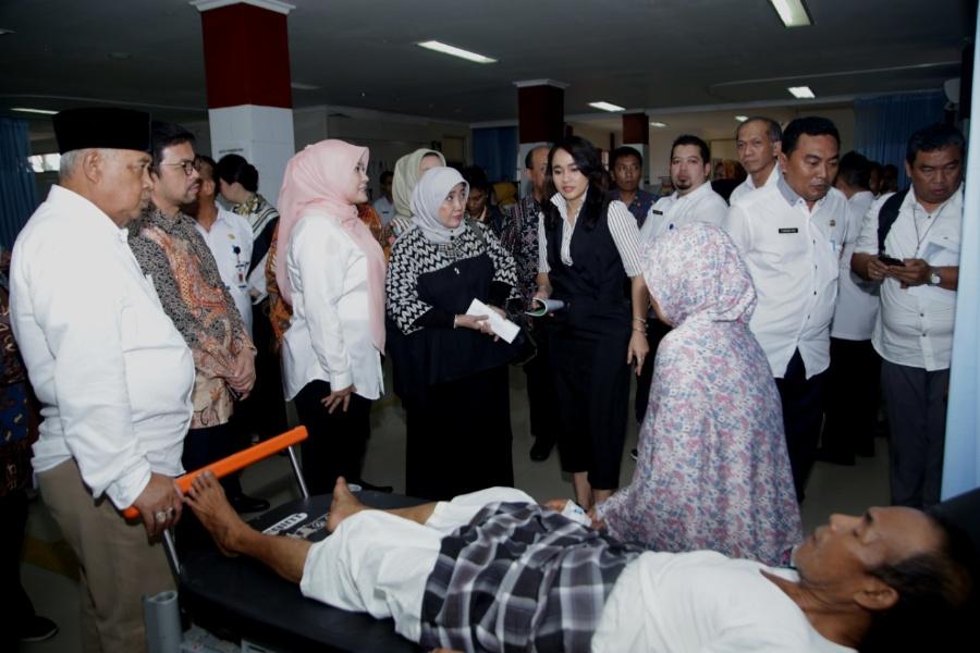 Komisi IX DPR RI  Kunjungan Rumah Sakit Labuan dan RS Pratama