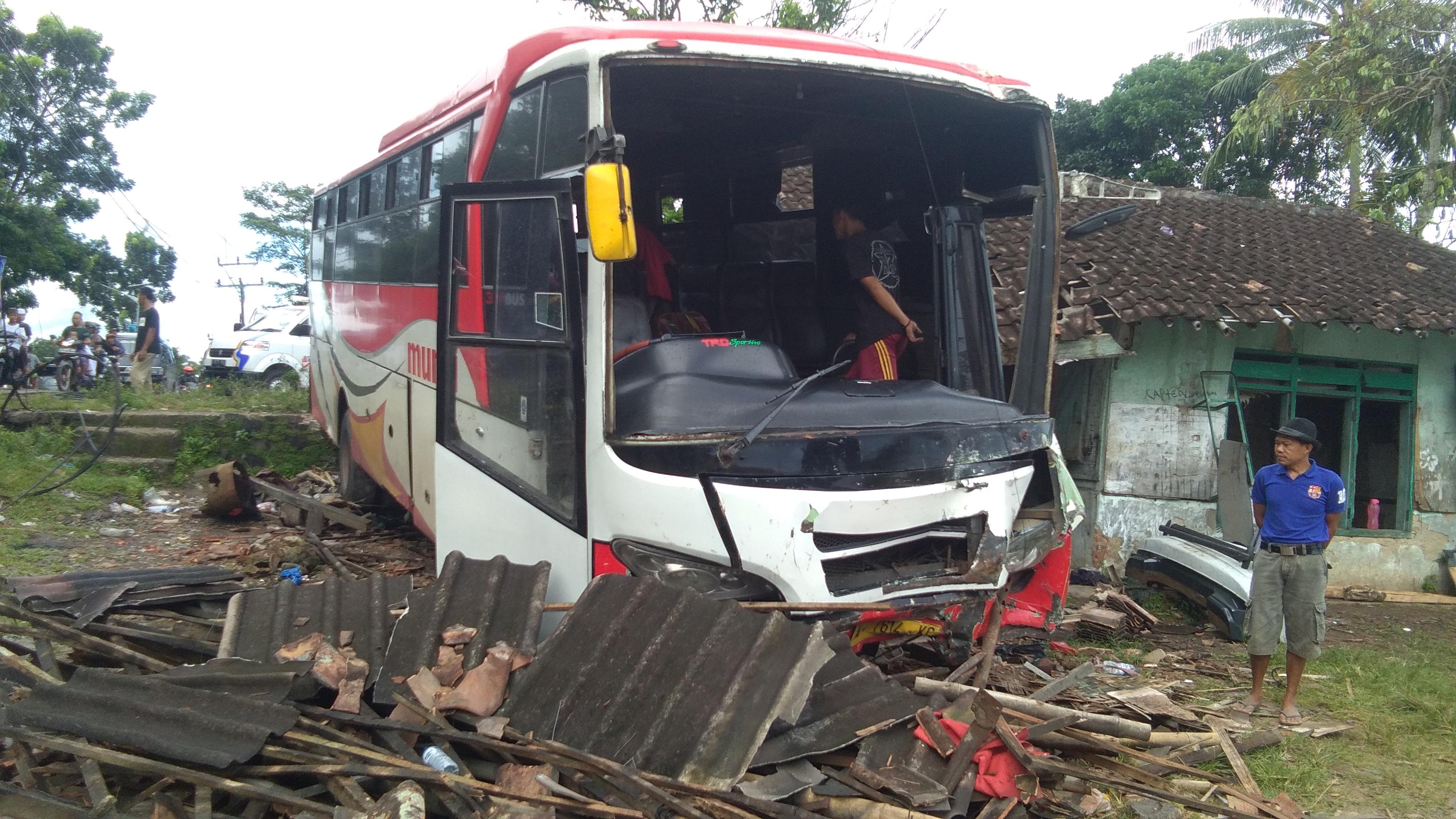 Bus Murni Jaya