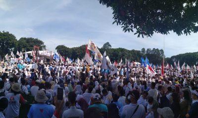 Massa kampanye Prabowo-Sandi di Alun-alun Ahmad Yani