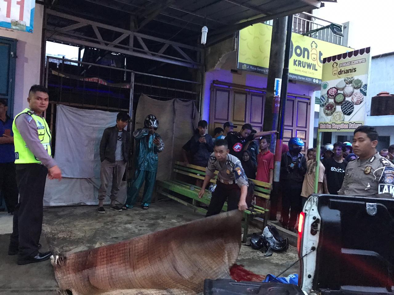 Pengendara Vixion Tewas Terlindas Bus Pariwisata di Jalan Raya Serang-Pandeglang