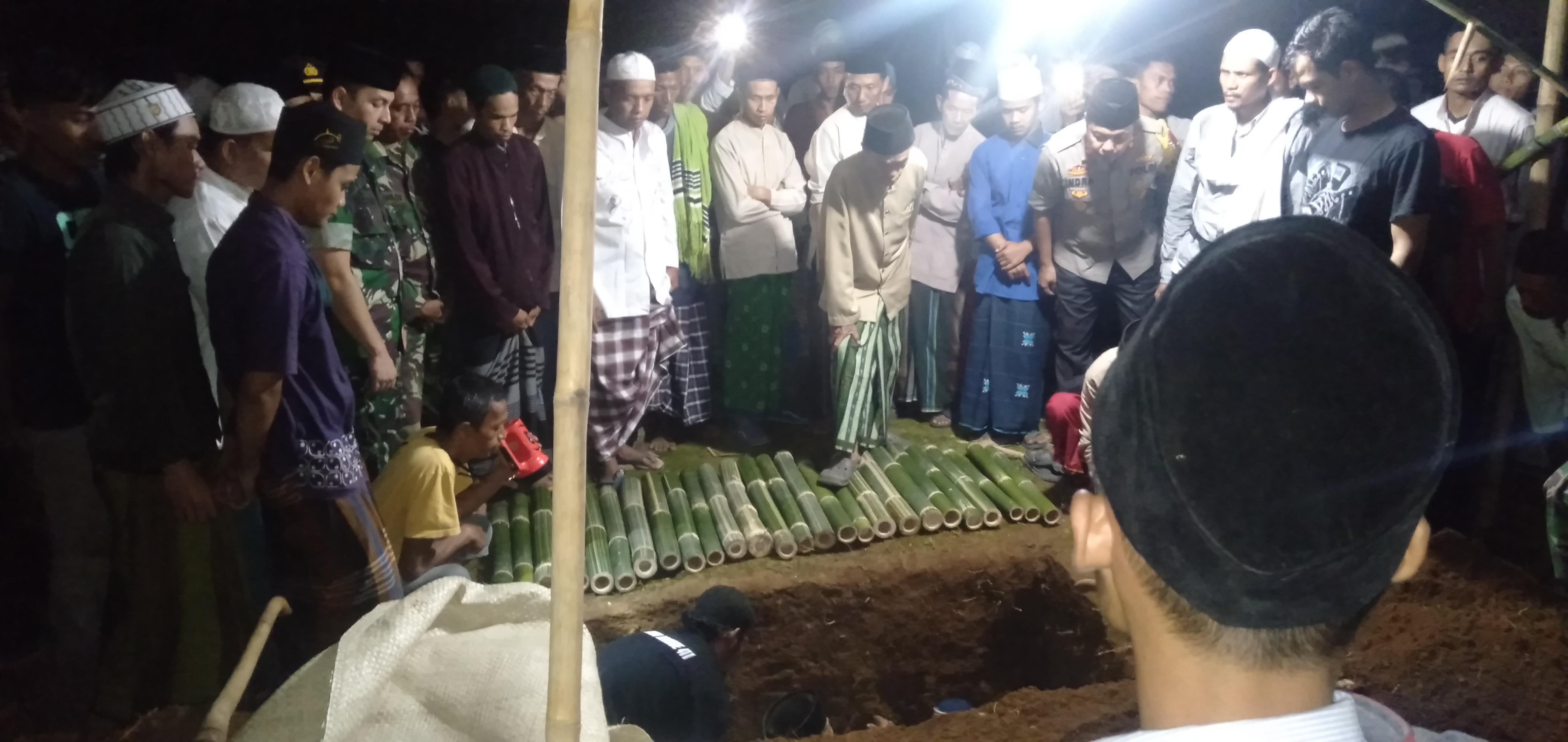 Pemakaman santri asal Pandeglang yang tewas tertembak