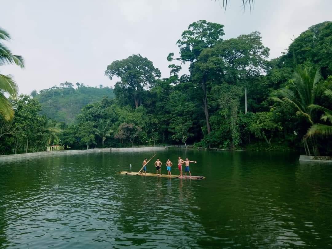 Serunya Bermain Rakit di Air Situ Dangdang, Spot Wisata Terluar Baduy