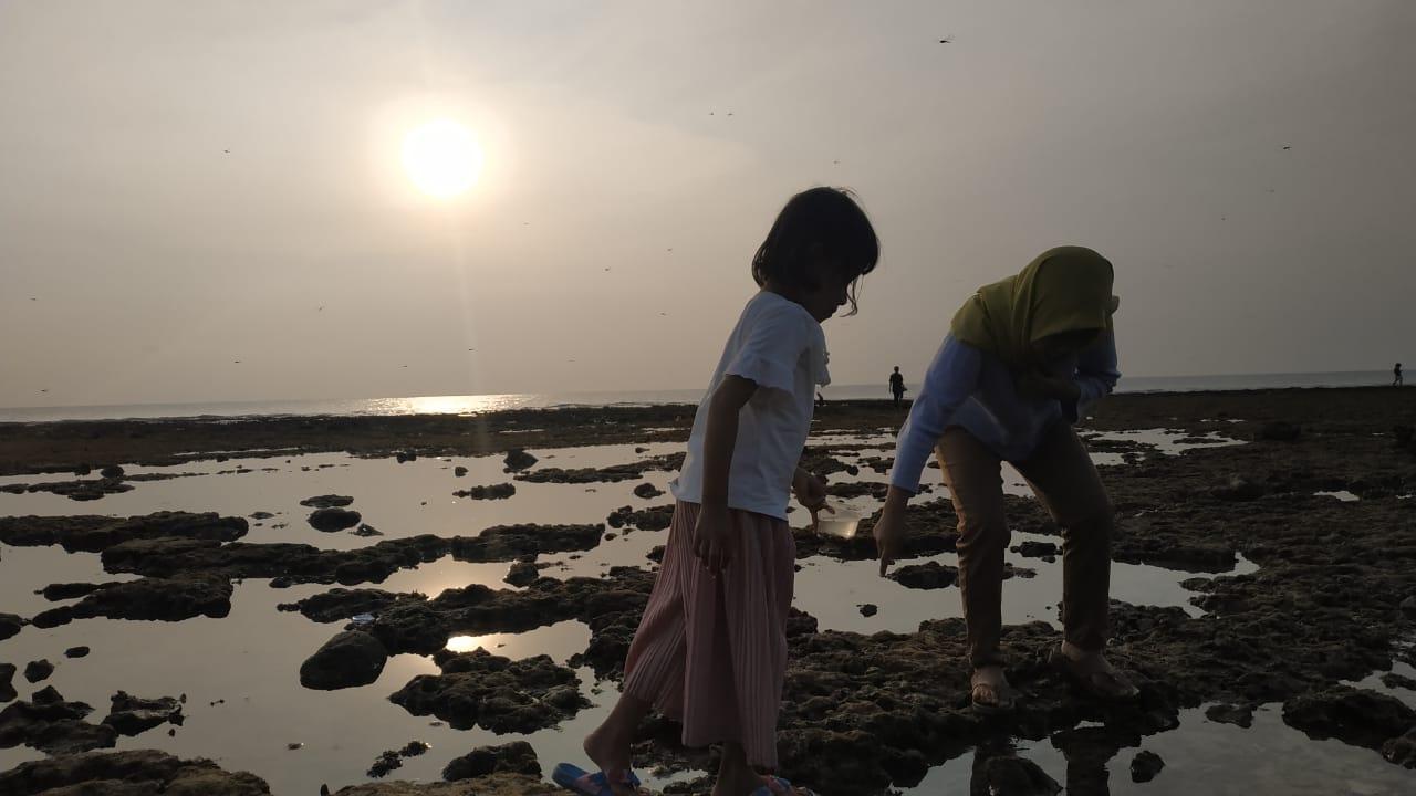 Keindahan Pantai Batu Hideung Usai Disapu Tsunami Sukses