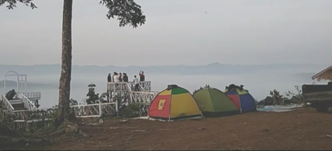Gaes, Telah Ditemukan Negeri di Atas Awan Jilid Dua; Namanya Pondok Joglo Lokasinya di Pinggiran Baduy
